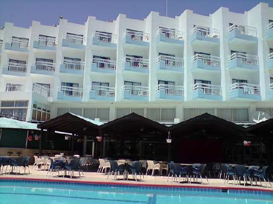 Polycarpia Hotel: view from old pool