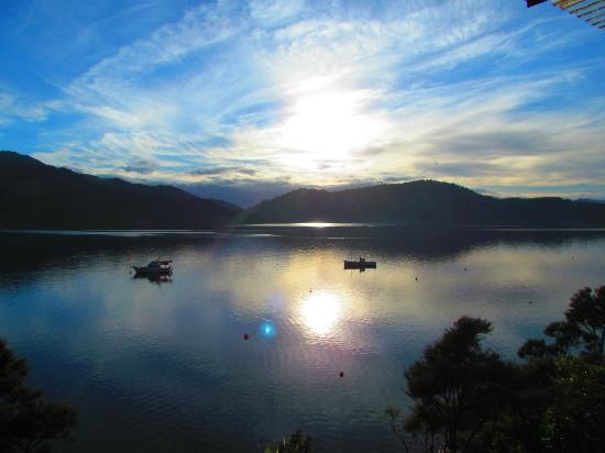 Bay of Many Coves: Morgenstimmung - der Blick vom Balkon - ist das nicht toll????