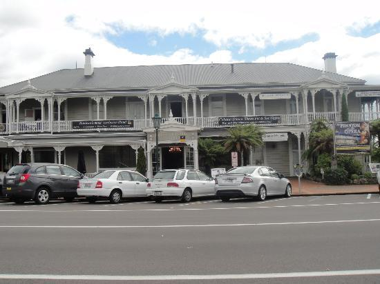 Princes Gate Hotel: Great location & strong historic significance!