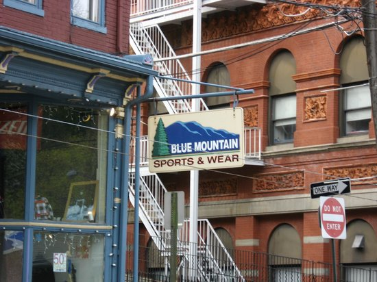 Blue Mountain Sports & Wear: Blue Mountain just off the square