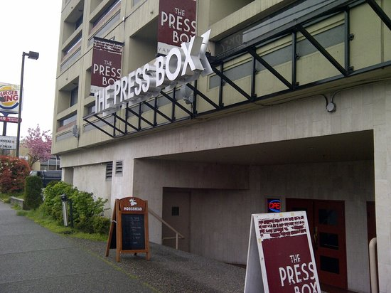 Pressbox Pub: front of building