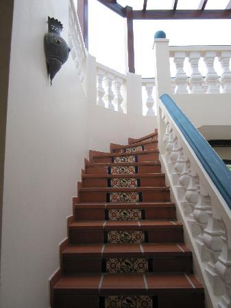 Le Petit Hotel: stairs