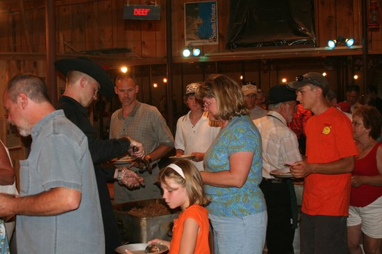 Circle B Ranch Chuckwagon Supper & Western Music Show: Chow Line