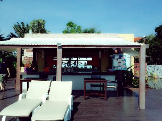 The Rock Hua Hin Resort: Pool Bar