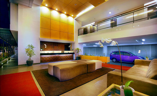 Quest Hotel Kuta: Front office lobby hotel