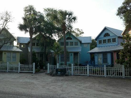 Steinhatchee Landing Resort: keys style