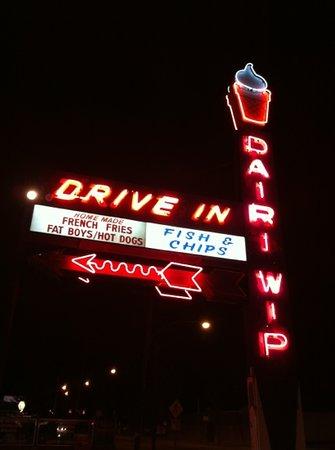 Dairi-Wip Drive-In