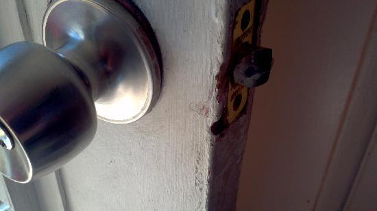 Sun & Surf Motel: main door lock