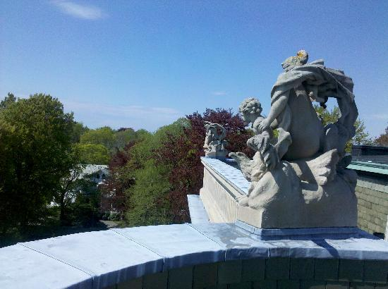 Behind the Scenes: the servants view from the roof