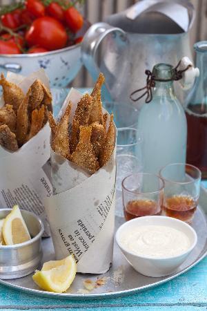 Gordon Hotel & Lounge: SALT kitchen & drinks