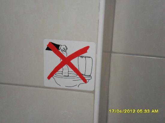 SVEA Hotel : bagno