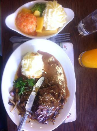 Ladyswell Restaurant: Great food.
