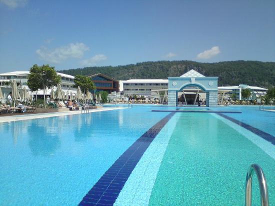 Hilton Dalaman Sarigerme Resort & Spa : Ana Havuz