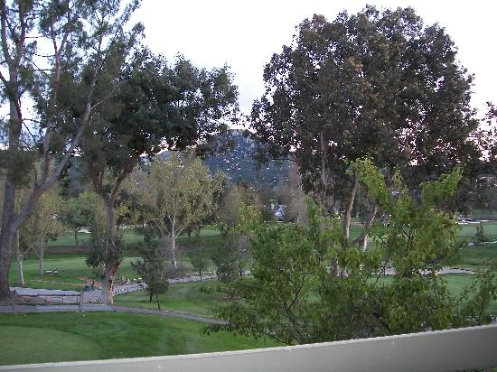 ‪سان فيسنتي ريزورت: view of grounds/course from room balcony‬