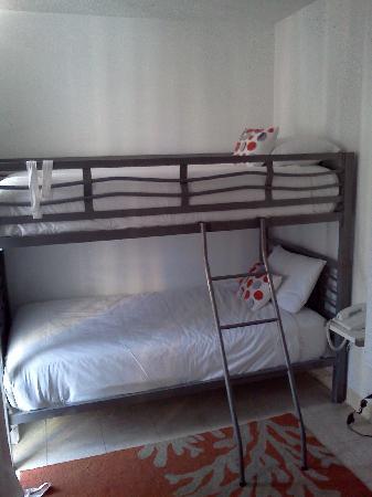 Bunk Beds Picture Of Stay Hotel Waikiki Honolulu Tripadvisor