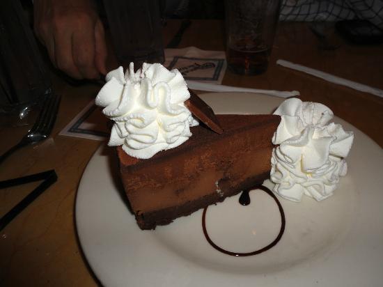 The Cheesecake Factory : Godiva Cheesecake