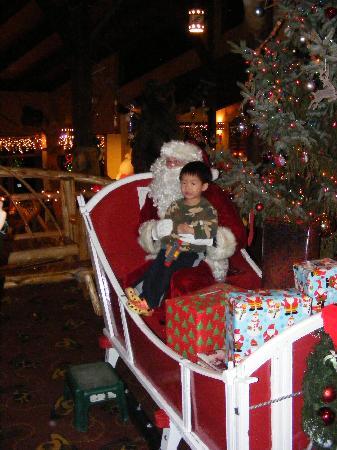 Pinegrove Family Dude Ranch : Christmas 2011 at Pinegrove