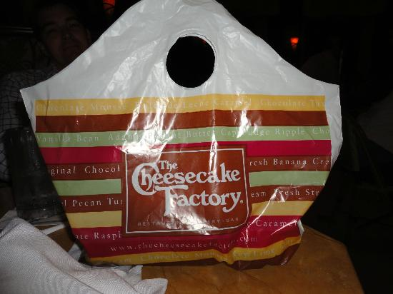 The Cheesecake Factory : Take out