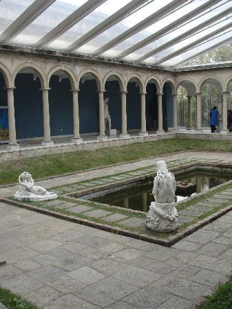 Museo Municipal de Bellas Artes Juan Manuel Blanes: Jardim de Inverno