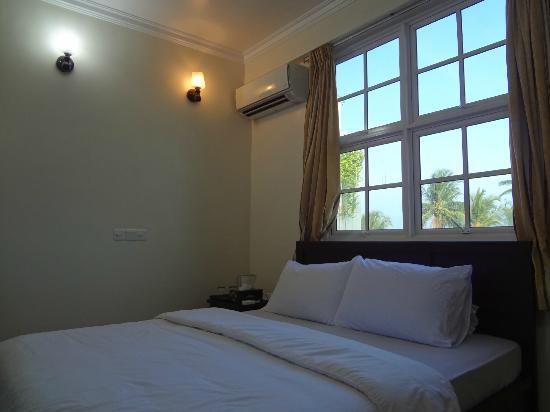 Airport Alba Inn : Guest Room