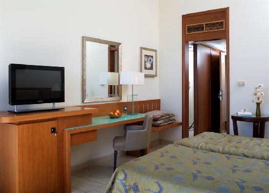 Atlantica Miramare Beach: Inland view room