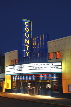‪The County Theater‬