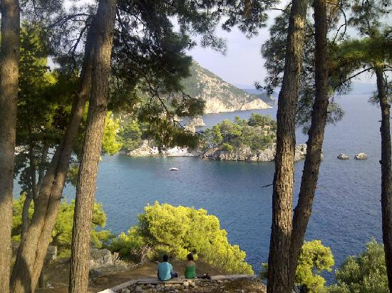 Parga Beach Resort: View from the cafe at the castle at the top of the hill