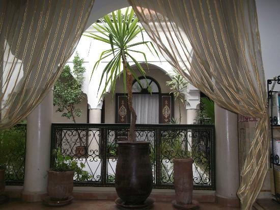 Riad Bamaga Hotel: Le patio