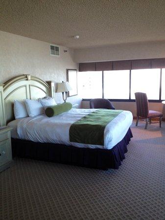 Eldorado Resort Casino: very comfy bed