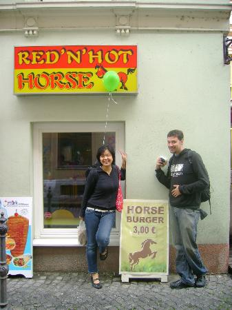 Ljubljana, Slowenien: Horseburger!  Don't knock it till you try it!