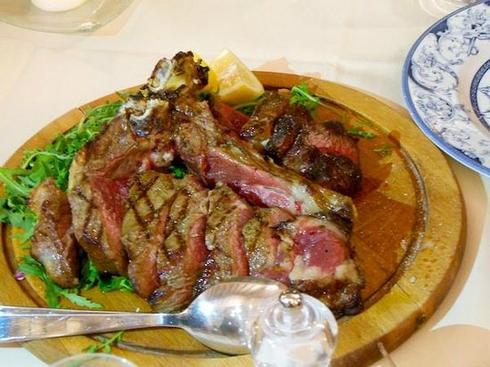 Le Cave di Maiano: Our 'bistecca fiorentina' only for the brave!