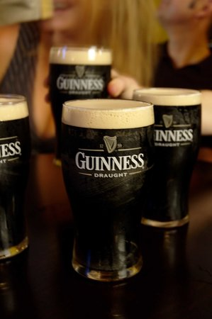 Slainte Irish Pub and Restaurant