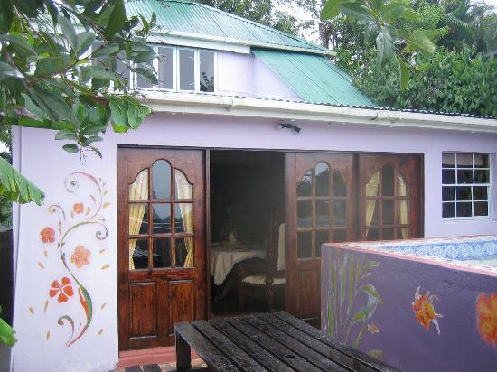 Crystals St Lucia: Sugar Cane Cottage