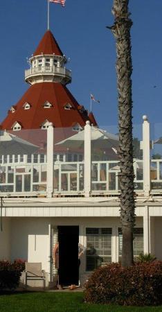 Hotel del Coronado: Oceanfront Room, California Cabanas