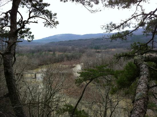 Turner Bend Outfitters: Beautiful scenery