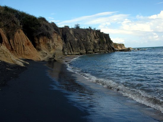 Isla de Vieques, Puerto Rico: Beautiful Black Sand Beach