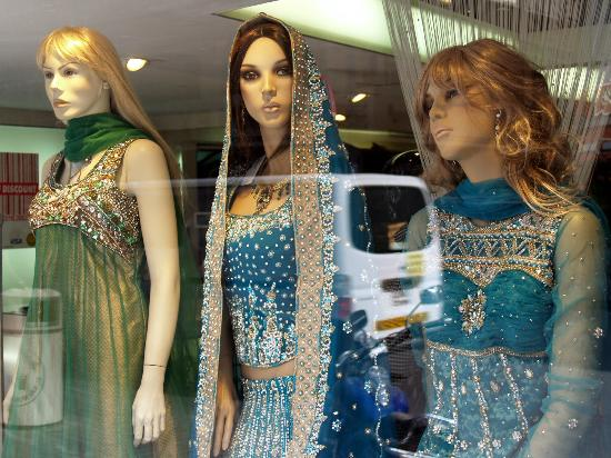 Meena Bazaar: Lots of options