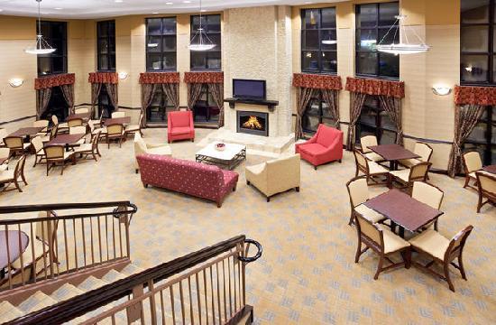 Holiday Inn Express Cincinnati West : Great Room - Breakfast 2