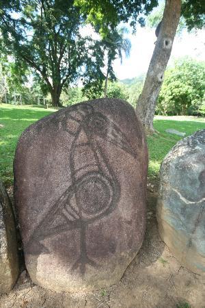 Parque Ceremonial Indigena de Caguana: Petroglyph of a bird