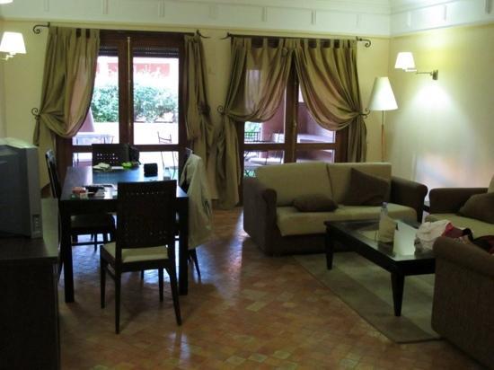Residence Al Qantara : Salon très spacieux