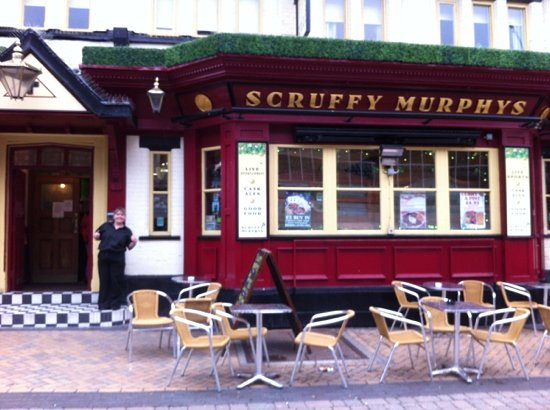 Scruffy Murphy's: Tracy in the doorway