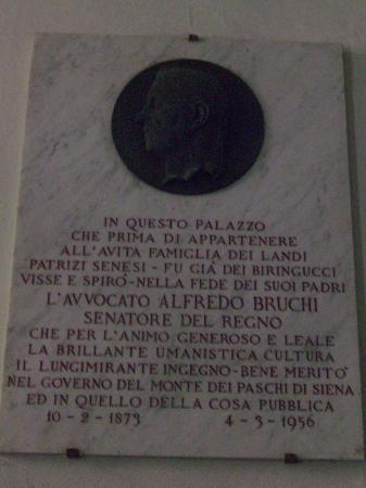 Palazzo Bruchi: History of the Palazzo