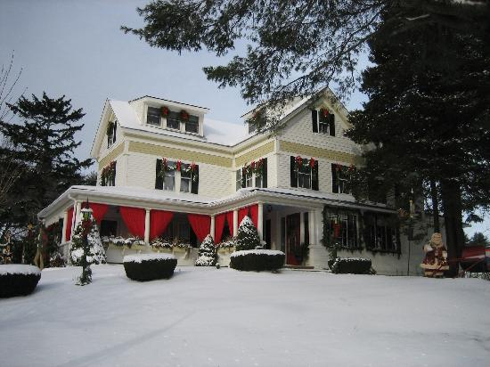 Puffin Inn Bed and Breakfast: Winter at Puffin Inn