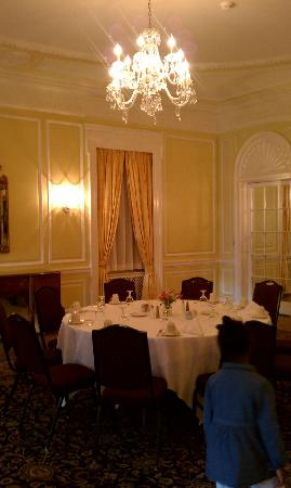 Graylyn Estate: Loved this dining area