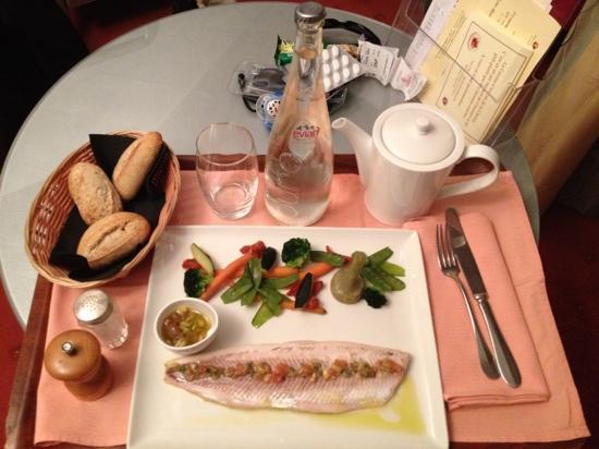 Restaurant B. Collon -  Auberge de Letraz: in-room dinner 2