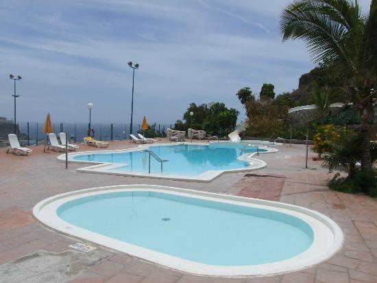 Monsenor Aparthotel: Kids Pool and Main Pool