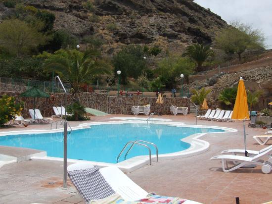 Monsenor Aparthotel: Main Pool in Monsenor