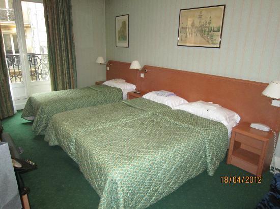 Relais du Pre Hotel: Abbastanza spaziosa la camera