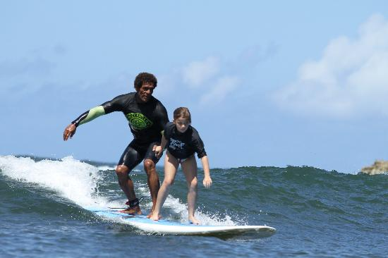 Buttons Surf School : whitney torres & buttons