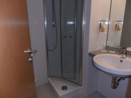 Novum Hotel Seidlhof München: Mini-Bad